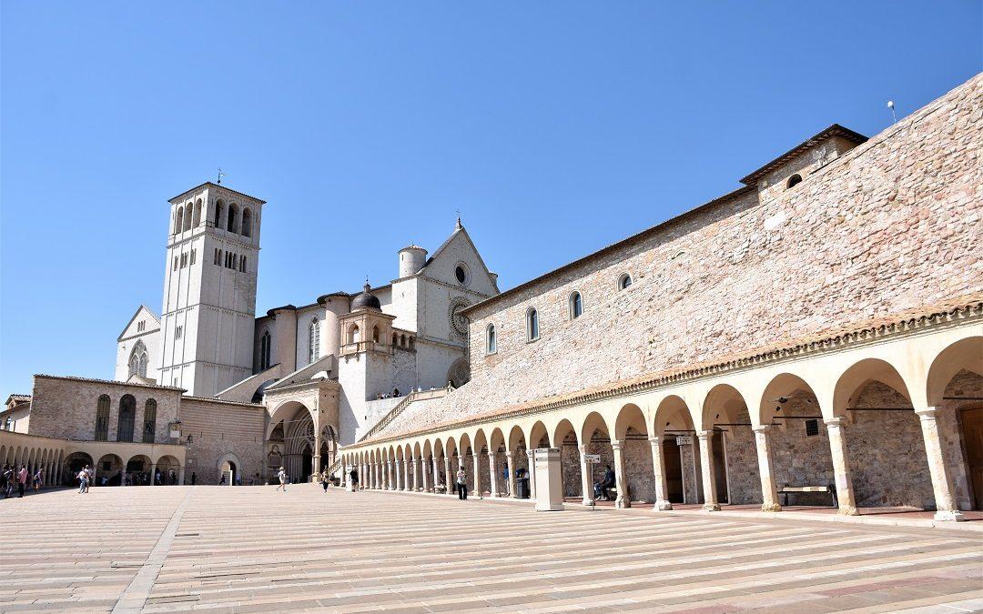 Assisi: cosa vedere nella città di S.Francesco.