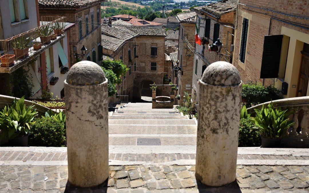 Corinaldo: scopriamo uno dei borghi piu' belli d'Italia.